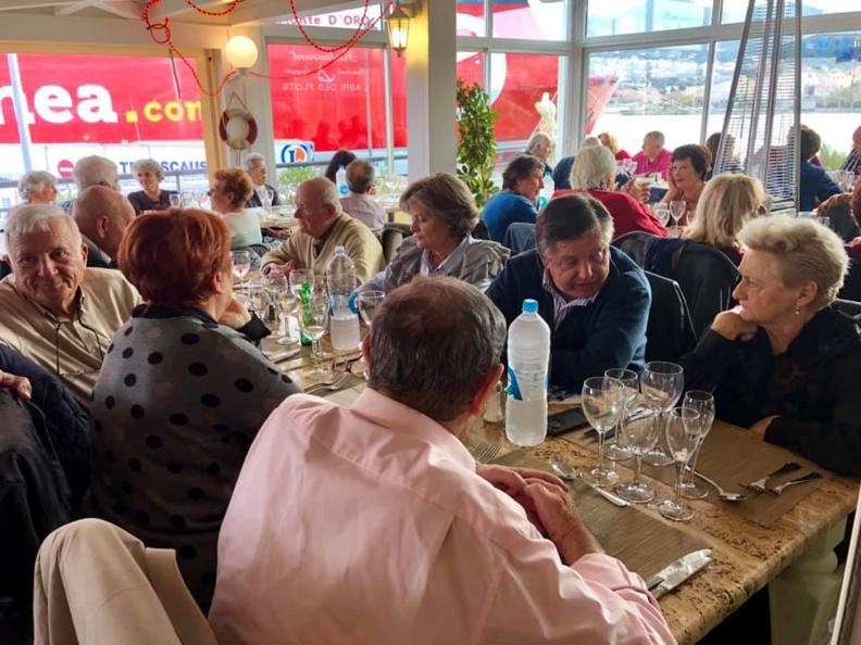 2018 : Noël dignement fêté au homard et chants corses avec le CCAS de Lumiu !