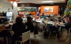 100 enfants au mille sabords pour le repas de Noël